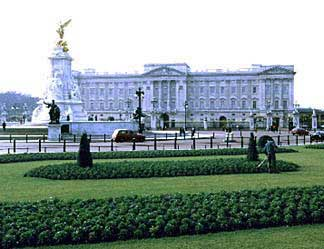 London Guide : Buckingham Palace
