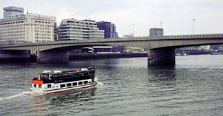 London Guide : London Bridge