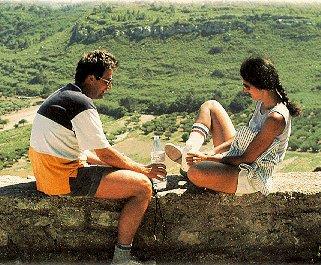 Enjoy a roadside picnic in Provence.