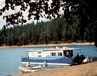 A houseboat on Lake Shasta in northern California.